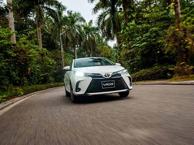 Giá xe Toyota Vios lăn bánh tháng 4/2021