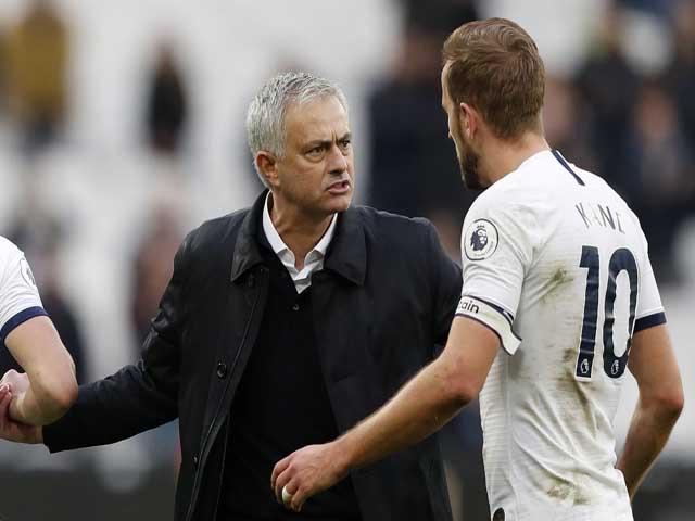 Tottenham nguy cơ đại loạn, Harry Kane dễ đá bay ghế Mourinho