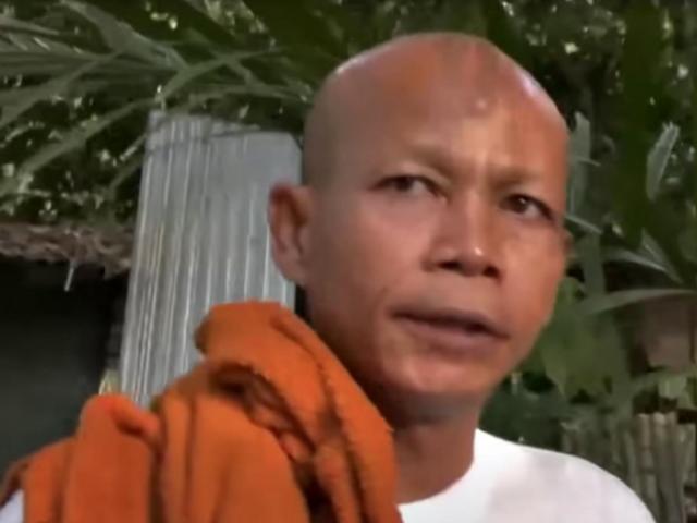 """Thái Lan: Nhà sư """"quan hệ"""" với phụ nữ trẻ, bị đuổi khỏi giới tu hành"""