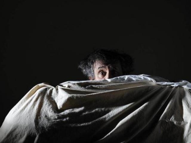 Ban đêm mà xuất hiện 9 dấu hiệu này, coi chừng bệnh nguy hiểm ghé thăm
