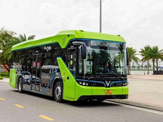 Xe VinBus chính thức đi vào hoạt động tại Hà Nội