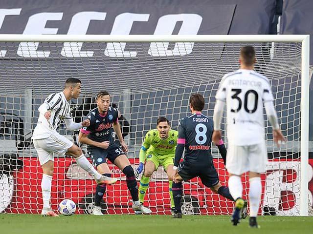 Video Juventus - Napoli: Ronaldo chói sáng, hú vía phút bù giờ