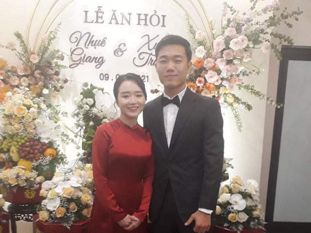 Ảnh mới nhất lễ ăn hỏi Xuân Trường và bạn gái xinh đẹp Nhuệ Giang