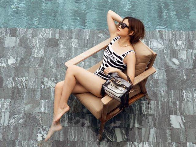 """Hoàng Thuỳ Linh mặc đồ bơi đắt đỏ khoe dáng sexy, """"Hoạn Thư"""" Cao Thái Hà bốc lửa"""