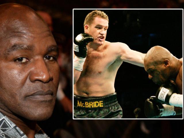 """Mike Tyson hủy kèo, Holyfield rút 576 tỷ đồng đấu kẻ thù """"Tay đấm thép"""""""