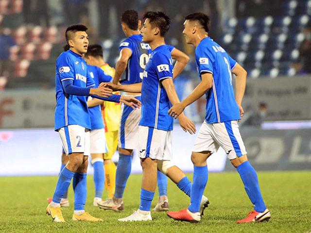 Tin mới nhất vụ cầu thủ Quảng Ninh bị nợ lương 8 tháng: Chờ giải quyết hết ở tuần này