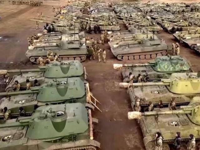 Tướng Ukraine: Nếu Donbass không còn lối thoát, phải chuẩn bị chiến đấu