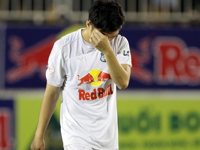 HLV Kiatisak giải thích tại sao Xuân Trường khóc khi ghi siêu phẩm hạ Hà Nội FC