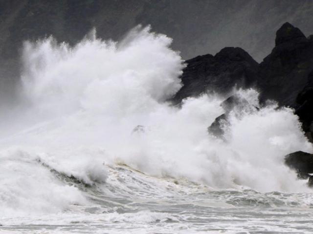 Năm 2021, Việt Nam phải hứng bao nhiêu cơn bão và áp thấp nhiệt đới?