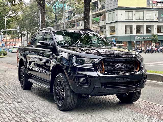 Ford Ranger 2021 nhập khẩu tăng giá sau khi nghe tin xe lắp ráp sắp mở bán
