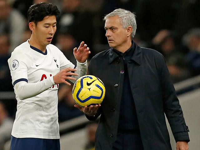 Mourinho bị sa thải vì cầu thủ chống đối, Son Heung Min - Kane nói lời tri ân