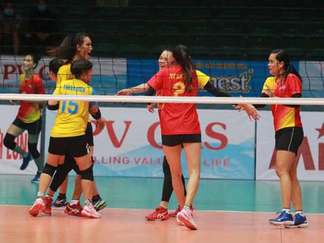 Nghẹt thở bóng chuyền Cúp Hùng Vương: Bích Tuyền tỏa sáng, Ninh Bình giành giải 3