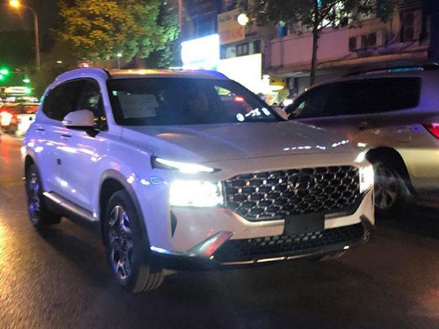 Đại lý Hyundai nhận cọc SantaFe bản nâng cấp tại Việt Nam