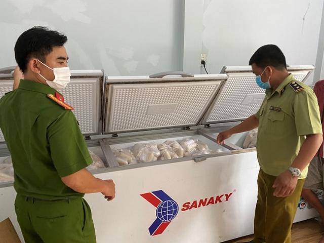 Bắt giữ hơn 3 tấn chả chay nghi làm từ thịt, cá