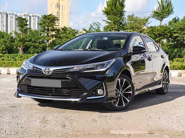 Giá xe Toyota Corolla Altis lăn bánh tháng 4/2021