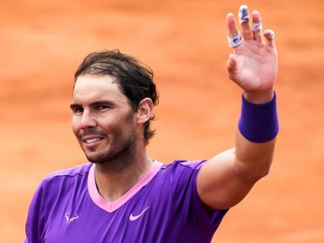 """Bảng xếp hạng tennis 26/4: Nadal vượt Medvedev, """"phả hơi nóng"""" Djokovic"""