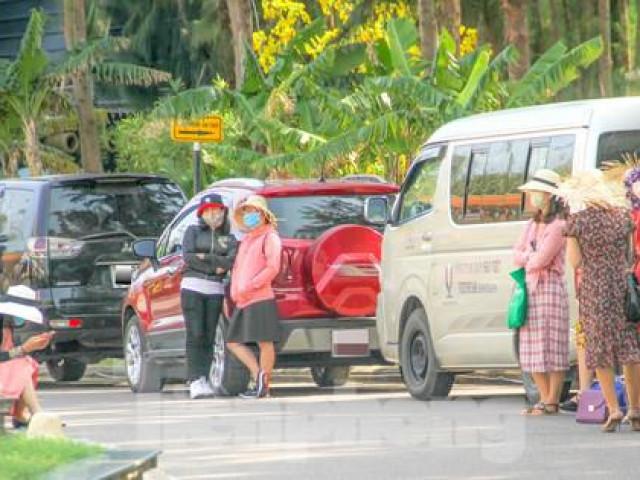 Khách du lịch đến Bình Định dịp lễ 30/4-1/5 phải khai báo y tế, đeo khẩu trang