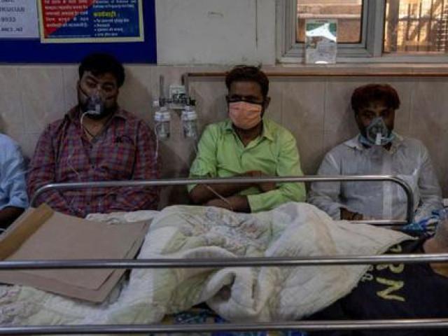 """Ấn Độ: Số ca nhiễm lại tăng """"sốc"""", người đào mộ chạy đua với thời gian"""