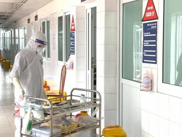 2 trường hợp dương tính lần 1 với  SASR-CoV-2, Hà Nội họp khẩn với khu công nghiệp