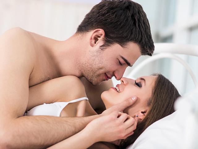 """4 thời kỳ cặp đôi nên kiêng """"chuyện ấy"""", đừng mắc sai lầm kẻo rước họa vào thân"""