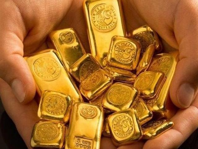 Giá vàng hôm nay 5/5: Vàng rơi từ đỉnh, nhà đầu tư không mặn mà