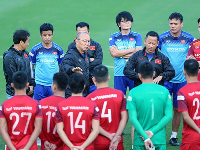 HLV Park Hang Seo họp khẩn công bố danh sách tập trung ĐT Việt Nam