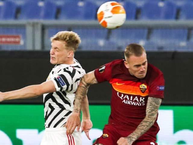 Trực tiếp bóng đá AS Roma - MU: Zalewski ghi bàn nâng tỷ số lên 3-2 (Hết giờ)