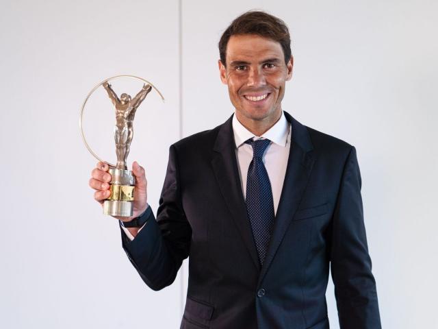 """Nadal thắng Lewandowski ẵm giải """"Oscar thể thao"""""""