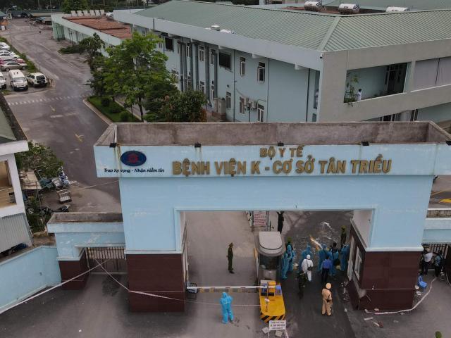 Bệnh viện Nhiệt đới Trung ương không còn chỗ tiếp nhận bệnh nhân mắc COVID-19