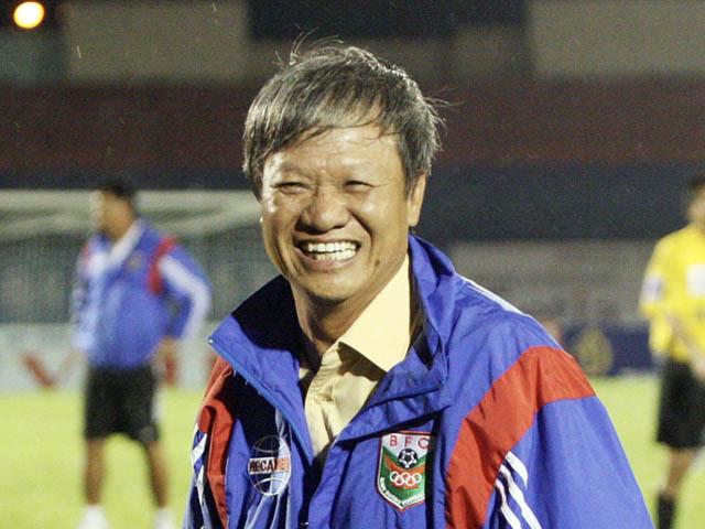 """""""Người đặc biệt"""" Lê Thụy Hải sống rất """"đời"""", dạy cầu thủ theo cách rất dị"""