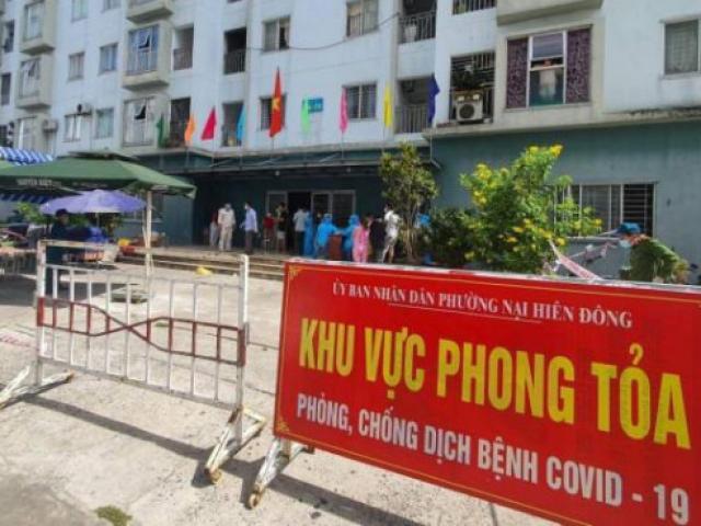 Người đàn ông liều lĩnh đu dây trốn khỏi chung cư bị phong tỏa ở Đà Nẵng
