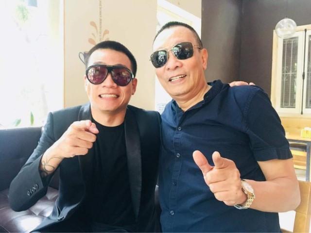 """""""Em trai Lại Văn Sâm"""" sinh ra tại một khu ổ chuột đổi đời nhận cát xê hàng trăm triệu"""
