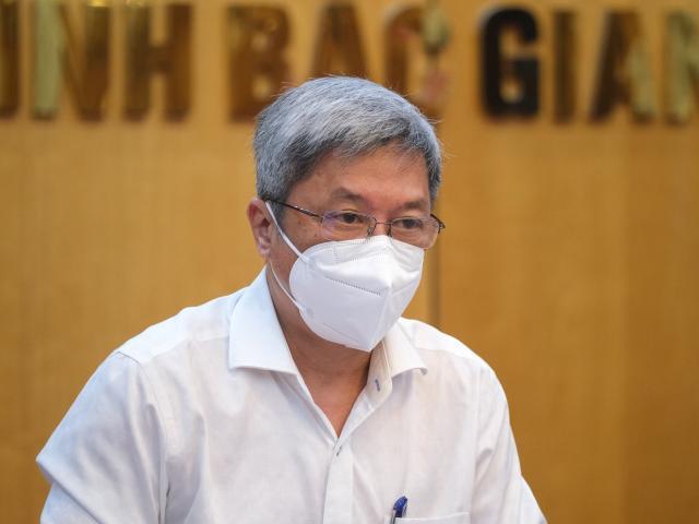 """Bộ Y tế huy động chuyên gia từ khắp các """"mặt trận"""" về hỗ trợ Bắc Giang"""