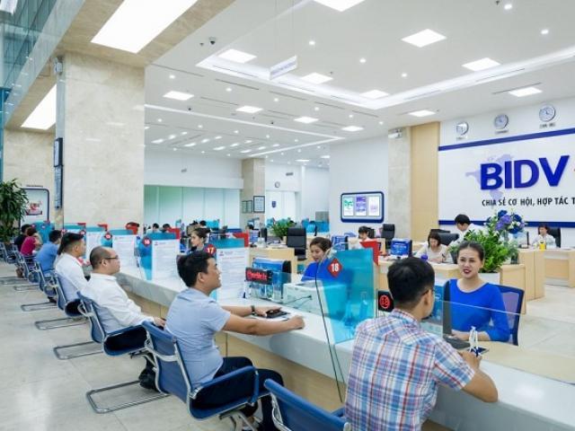 Kết thúc quí đầu năm, ngân hàng nào làm ăn tốt nhất?