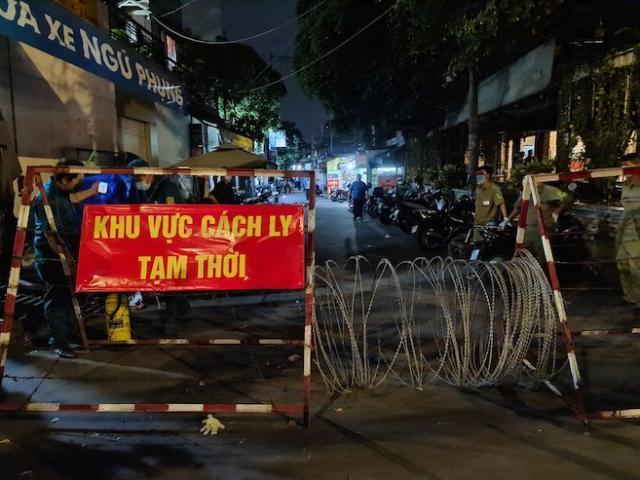 TP.HCM: Xét nghiệm COVID-19 người về từ Đà Nẵng và các tỉnh có dịch ở phía Bắc