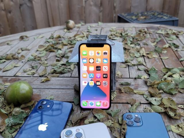 Cấu hình iPhone 11 và so sánh sức mạnh với đối thủ Galaxy S20 FE5G