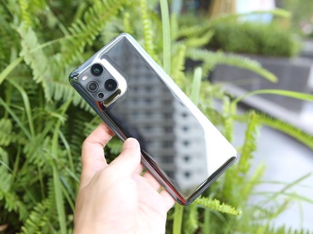 Ảnh trên tay Oppo Find X3 Pro 5G với camera hiển vi siêu thú vị