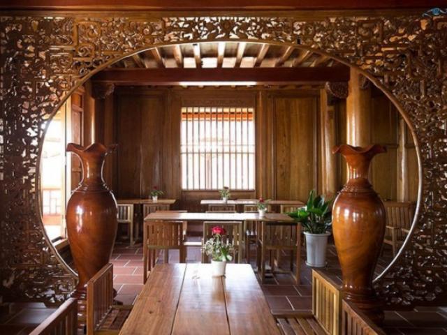 """Ngôi nhà gỗ Đinh Hương """"khủng"""" được vận chuyển nguyên bản từ Thanh Hóa vào Đà Lạt"""