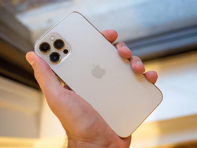 """Dòng iPhone 12 đã khiến mạng 5G """"bùng nổ"""" ra sao?"""