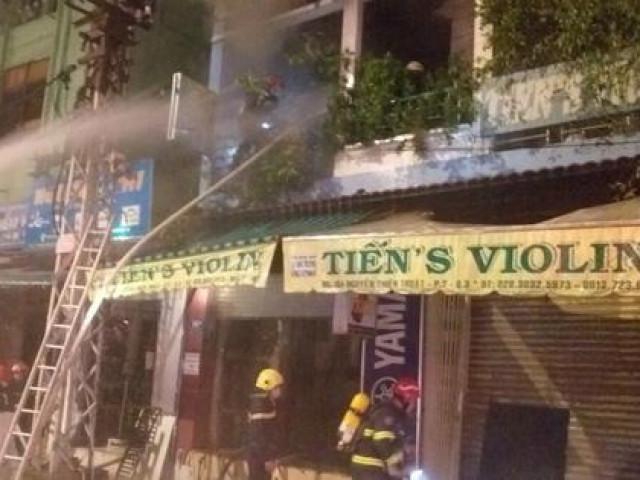 Cháy nhà 4 tầng trên đường Nguyễn Thiện Thuật, quận 3 - TP HCM