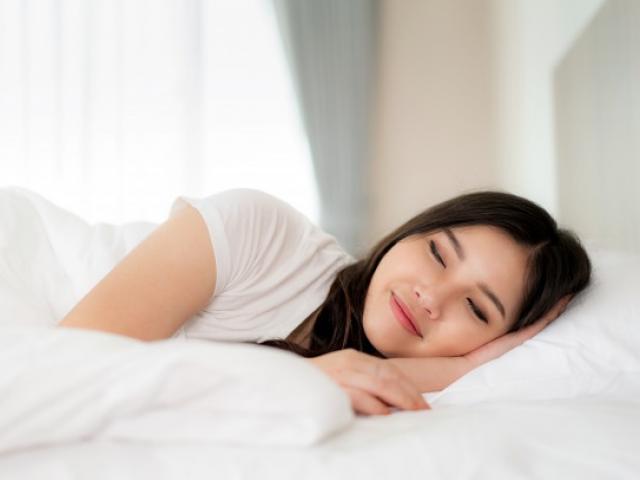"""5 bí quyết """"vàng"""" để có một giấc ngủ sâu"""