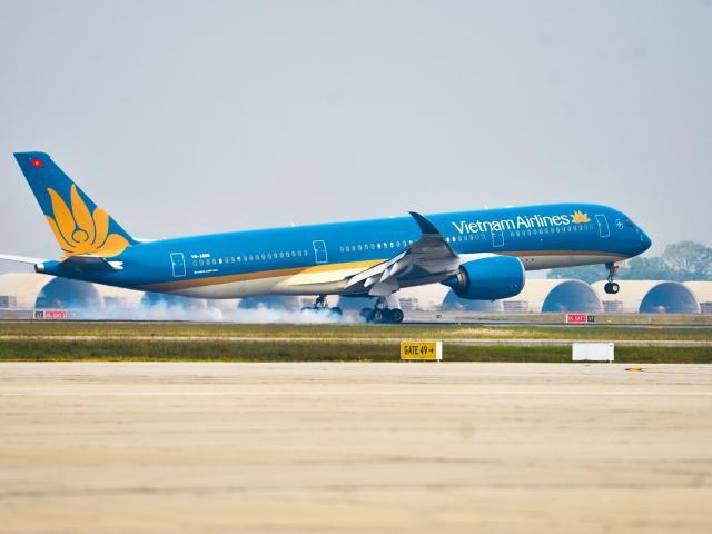 Nghệ An tìm khách đi chuyến bay VN 1262 liên quan đến 2 ca dương tính với SARS-CoV-2