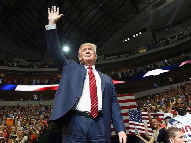 Tin đồn ông Trump sắp được phục chức: Đồng minh lo lắng