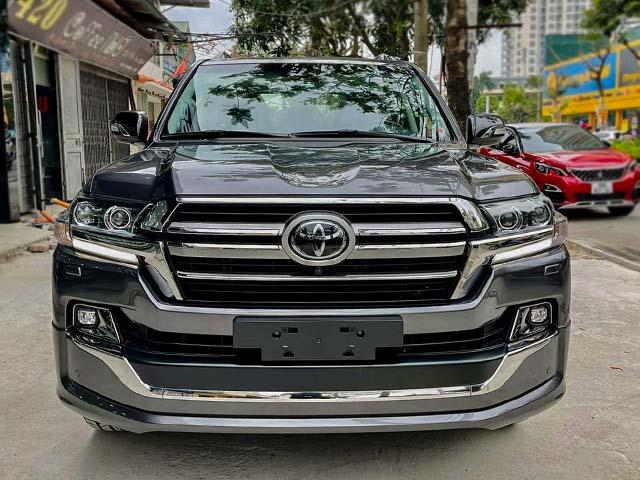 Hàng khủng Toyota Land Cruiser VSX có mặt tại Việt Nam, giá bán gần 7 tỷ đồng