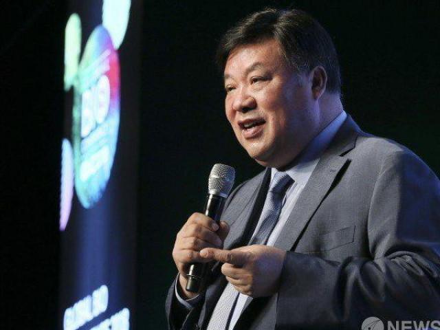 Từ thế chấp nội tạng vay nặng lãi tới cuộc sống tỷ đô của người đàn ông giàu nhất Hàn Quốc