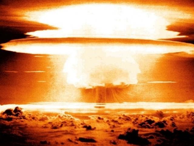 """Sức tàn phá khủng khiếp của bom nhiệt hạch có tên """"con tôm"""""""