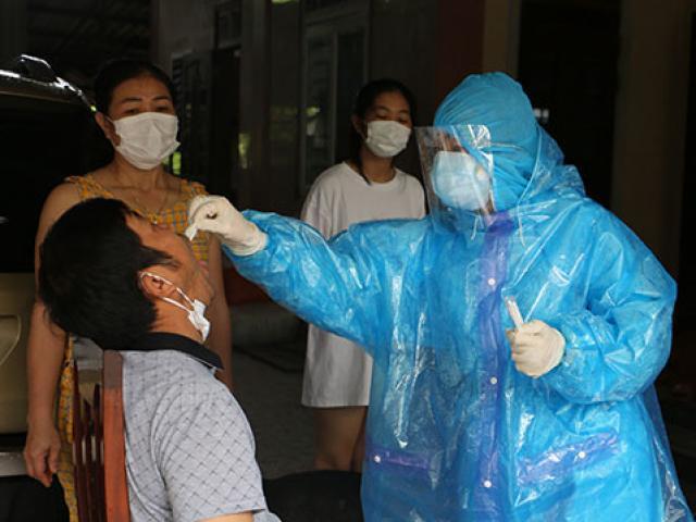Hà Tĩnh thêm 2 ca dương tính SARS-CoV-2, tìm người đến các quán ăn, chợ và chuyến bay VN 1262