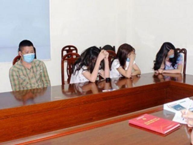 3 cô gái trẻ đẹp thuê phòng khách sạn cùng 4 thanh niên để bay lắc