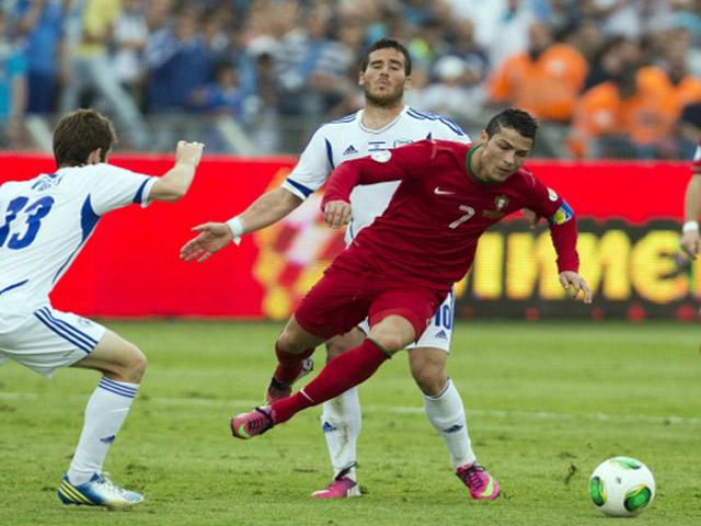 Ronaldo - Fernandes chạy đà trận cuối trước EURO, chờ hóa giải đội Trung Đông