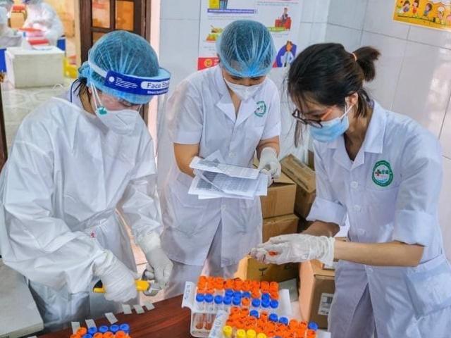 """""""Chu kỳ nhân lên của virus SARS- CoV-2, đối với biến chủng từ Ấn Độ rất nhanh, khoảng 3 ngày"""""""